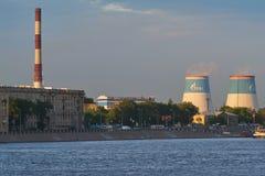 圣彼得堡,俄罗斯- 2018年6月02日:Pravoberez的看法 免版税库存图片