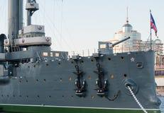 圣彼得堡,俄罗斯2016年9月08日:巡洋舰极光的前甲板枪在圣彼德堡,俄罗斯 免版税库存图片