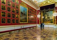 圣彼得堡,俄罗斯- 2016年12月25日:访客在Milita 库存图片
