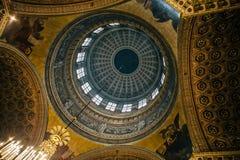 圣彼得堡,俄罗斯- 2017年5月30日:从里边看法在喀山大教堂圆顶  免版税库存图片