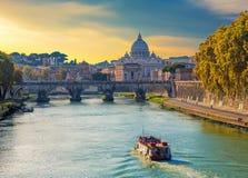 圣彼得大教堂视图,罗马,意大利 免版税库存照片