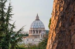圣彼得罗,如被看见从Gianicolo 免版税库存图片