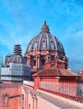 圣彼得12月,梵蒂冈的大教堂的圆顶, 免版税库存图片