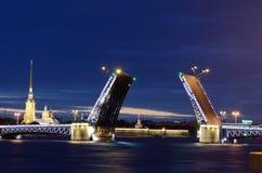 圣彼德堡吊桥  库存图片