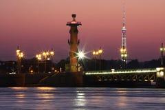 圣彼德堡在晚上 库存照片