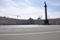 圣彼德堡宫殿正方形  免版税库存图片