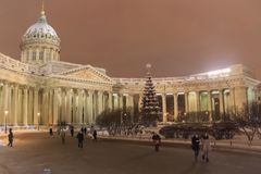 圣彼德堡建筑学  喀山大教堂在冬天 图库摄影