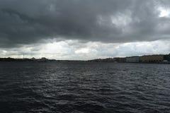 圣彼德堡美丽的天空  免版税图库摄影
