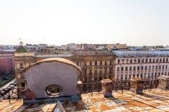 圣彼德堡老屋顶  库存图片