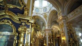 圣彼德堡,俄罗斯- 2019年6月10日:基督教大教堂内部 影视素材