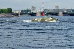 圣彼德堡,俄罗斯- 2017年7月30日:高速巡逻艇 库存图片