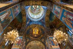 圣彼德堡,俄罗斯- 2017年6月6日 基督的复活教会血液的救主或大教堂内部  库存照片