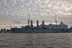 圣彼德堡,俄罗斯- 2017年7月9日:巡洋舰极光在圣彼德堡,俄罗斯 免版税图库摄影