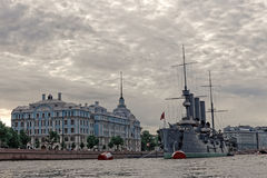 圣彼德堡,俄罗斯- 2017年7月9日:巡洋舰极光在圣彼德堡,俄罗斯 免版税库存图片
