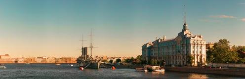 圣彼德堡,俄罗斯- 2017年6月28日:巡洋舰极光,船博物馆在圣彼德堡 免版税库存照片