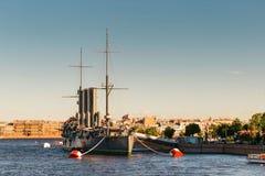 圣彼德堡,俄罗斯- 2017年6月28日:巡洋舰极光,船博物馆在圣彼德堡 库存图片