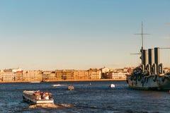 圣彼德堡,俄罗斯- 2017年6月28日:巡洋舰极光,船博物馆在圣彼德堡 图库摄影