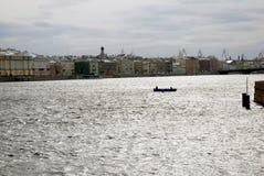 圣彼德堡,俄罗斯建筑学  内娃河全景 免版税图库摄影