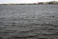 圣彼德堡,俄罗斯建筑学  内娃河全景 免版税库存照片