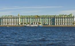 圣彼德堡,冬天宫殿(偏僻寺院) 免版税库存照片