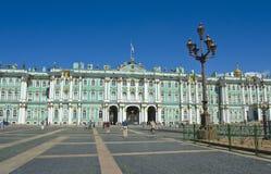 圣彼德堡,冬天宫殿(偏僻寺院) 库存图片