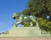 圣彼德堡,狮子雕塑  免版税图库摄影