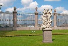 圣彼德堡 俄国 和平和胜利雕塑 免版税库存图片
