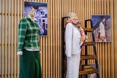 圣彼德堡 俄国 05 2018年 在时装模特的名牌服装 图库摄影