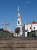 圣彼德堡 海大教堂的Nikolsky的belltower 免版税库存照片