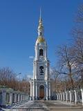 圣彼德堡 海大教堂的Nikolsky的belltower 库存图片