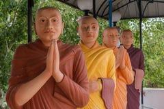 圣徒修士雕塑佛教寺庙的 免版税图库摄影