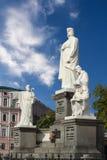 圣徒公主的奥尔加和纪念碑 库存照片