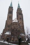 圣徒冬时的Sebaldus教会 德国纽伦堡 库存照片