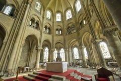圣徒列伊(Picardie) -哥特式教会内部 库存图片