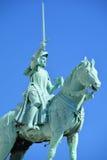 圣徒圣贞德骑马雕象  库存图片