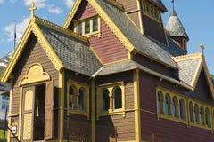 圣徒奥拉夫教会的外部在Balestrand,挪威 免版税库存图片