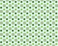 圣徒帕特里克斯天无缝的样式有三叶草三叶草传染媒介动画片五颜六色的春天背景 向量例证
