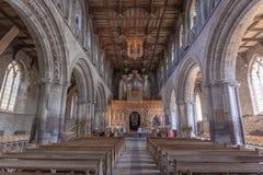 圣徒戴维兹大教堂,威尔士内部教堂中殿  库存图片