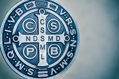 圣徒本尼迪克特medall标志 免版税库存图片