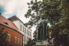 圣徒的雕象一个小正方形的在布达佩斯 免版税库存照片