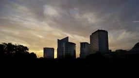 圣徒若斯十Noode在sunset.dng的商业区地平线  库存照片