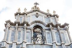 圣徒阿佳莎大教堂门面在卡塔尼亚 免版税库存图片