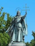 圣徒&国王在英雄的方形的布达佩斯匈牙利 免版税库存图片