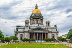 圣徒以撒大教堂在圣彼德堡,俄国 免版税图库摄影