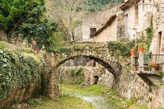 圣徒Guilhem le荒废村庄 库存图片