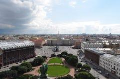 圣徒Isaac的广场 免版税库存照片