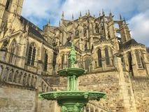 圣徒Julien罗马和哥特式大教堂勒芒的 库存照片