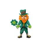 圣徒Patrick's天彩色塑泥与三叶草的动画片标志 免版税库存照片