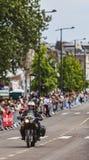 在Le环法自行车赛期间的正式自行车 免版税库存照片