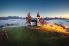 圣徒Tomas教会,斯洛文尼亚鸟瞰图  免版税库存图片